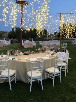Mesa preparada para una boda en Finca Yeguada Lagloria